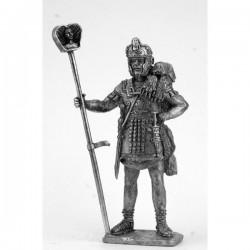 Знаменосец когорты охраны трибуна. Конец 1 века.