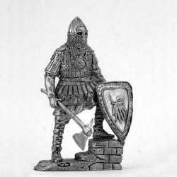 Тяжеловооруженный русский  воин. 14 век