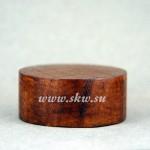 Подставка деревянная. Высота 20 мм, диаметр 45 мм.