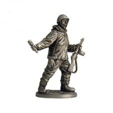 Автоматчик пехоты Красной армии в зимнем камуфляже, 1941-45 гг. СССР